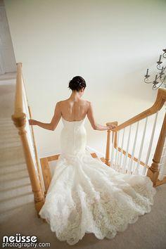Elegant laced wedding gown / dress