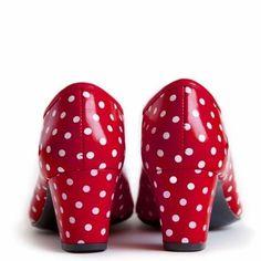 red polka dot pumps