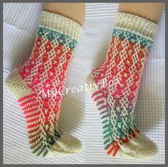 """Socken """"Fadenspiel"""" für Gr. 32-47, Anleitung von MyCreativBox, gestrickt mit Sockenwolle 4-fach"""