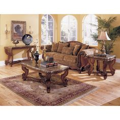 Woodhaven Hill 5543 Series Coffee Table
