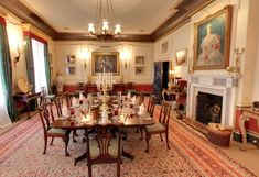 Inside Clarence House: Prince Charles' Home - The Dining Room English Country Decor, Town And Country, Clarence House, Country House Interior, Royal Residence, English House, Interior Decorating, Interior Design, Home Reno