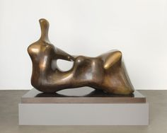 Henry Moore, Late Large Forms, Gagosian Gallery, 2012