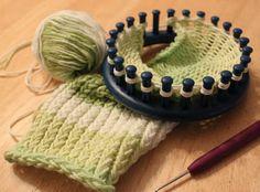 Loom knitting   Halle's Hobbies