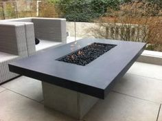 Bon Outdoor Gas Fire Table With Black Glass