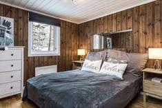 Wow! Sjekk disse før- og etter bildene! - Franciskas Vakre Verden Interior Decorating, Relax, Farmhouse, Cottage, Cabin, Bed, Inspiration, Furniture, House Ideas