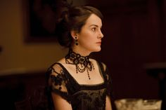 A Look Back at <i>Downton Abbey</i>'s Best Costumes