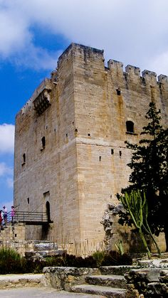 Kolossi Castle: a former crusader stronghold 14 km west of the city of Limassol on the island of #Cyprus. #kitsakis