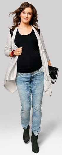 street jeans Pregnancy Jeans, Maternity Jeans, Jeans Style, Street Style, Mom, Summer, Beautiful, Fashion, Maternity Styles