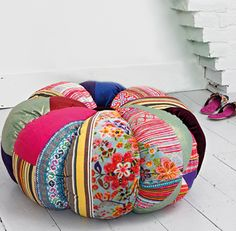 Could you cover a cheap beanbag with this? Tuft in middle? So colorful. Would be great for a kid room, outdoor room or a cute dog bed.