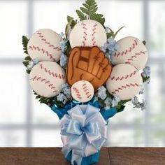 Play Ball ($59.99)- What a great gifting idea that is so versatile for all ages. Great way to get the rival on with friends; remind them the seasons about to begin or your team is in the lead. Perfect get well gift to a baseball enthusiast or send it to say thanks for being an outstanding little league coach. They will receive seven individually wrapped cookies that are artfully arranged to score a homerun on your gifting occasion.