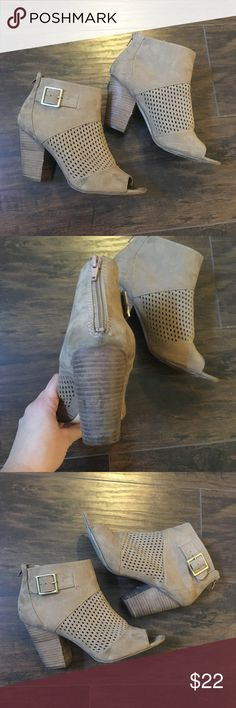 Cute Fall Booties Taupe open- toed booties from Carlos Santana size 8.5 GUC! Open to offers! Carlos Santana Shoes Ankle Boots & Booties