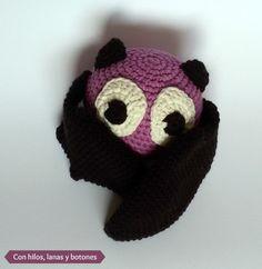 Con hilos, lanas y botones: murciélago amigurumi (patrón gratis en español)