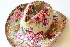 Ντεκουπάζ με ύφασμα σε καπέλο