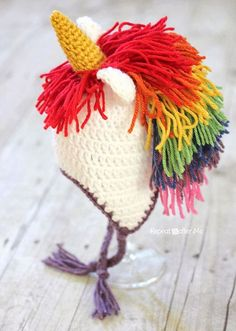 Do you have a little girl that loves unicorns? If so, she is sure to love this crochet unicorn hat with a rainbow mane! Perfect for dress up, Halloween, and a fun colorful hat for dark, gray winter days.