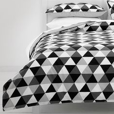 Triangles Quilt Cover Set - Black / Grey