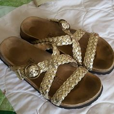 3117ef20667e Birkenstock Gold braided Sandals Sz 8 ladies 39 euro. In great condition  still Birkenstock Shoes