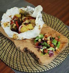 Κλέφτικο μοσχάρι στη λαδόκολλα | Cookos Camembert Cheese, Tacos, Dairy, Mexican, Meat, Ethnic Recipes, Food, Essen, Meals