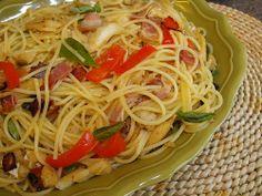 As receitas lá de casa: Bacalhau salteado com esparguete