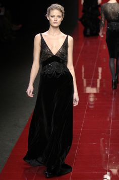 Elie Saab at Paris Fall 2006 - Stylebistro