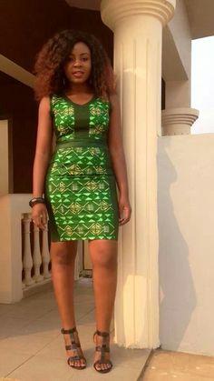 Miss Coco van M looking gorgeous in african print.