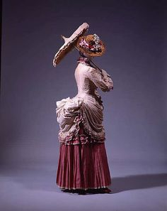Dress    1882    The Metropolitan Museum of Art