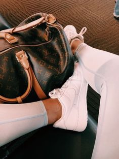 The 60 Best Sneakers of Spring/Summer 2020 - Hair and Beauty eye makeup Ideas To Try - Nail Art Design Ideas Cute Shoes, Me Too Shoes, Moda Nike, Looks Style, My Style, Foto Top, Fashion Outfits, Womens Fashion, Fashion Shoes