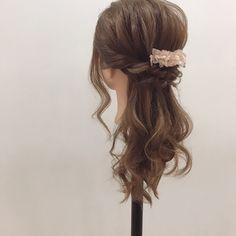 セミロングヘアの大人アレンジ集 黒髪でもかわいいまとめ髪〜こダサくないハーフアップまで✓   by.S Wedding Hairstyles, Make Up, Long Hair Styles, Beauty, Fashion, Up Dos, Moda, Fashion Styles, Wedding Hair