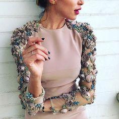 38.9 тыс. отметок «Нравится», 113 комментариев — Loving Haute Couture (@lovinghautecouture) в Instagram: «#chanamarelus »