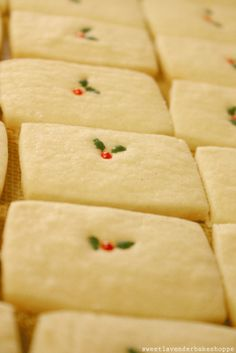 """Not so much about recipe, more about the """"holly & berries"""" -- Sweet Lavender Bake Shoppe: recipe: vanilla bean shortbread cookies. Holiday Cookies, Holiday Treats, Holiday Recipes, Christmas Shortbread Cookies, Christmas Sweets, Christmas Cooking, Christmas Time, Christmas Goodies, Christmas Decor"""