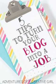 Crysta from Dancing with Fireflies shares with us her expertise on turning your blog into a job... like a boss!