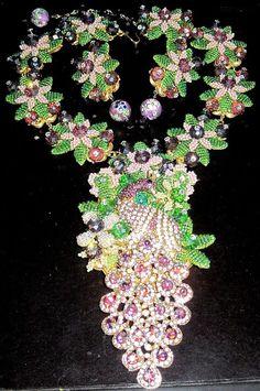 STANLEY HAGLER Amazing Purple & Green Rhinestone Glass Bead Peacock Necklace Set