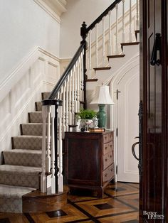 Formal foyers call for elegant staircases equipped with finely detailed stair ra. Formal foyers call for elegant staircases equipped with finely detailed stair railings. Stairway Railing Ideas, Black Stair Railing, Wood Stair Treads, Staircase Railing Design, Staircase Makeover, Wood Stairs, Carpet Staircase, Staircase Runner, House Staircase