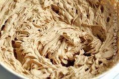 crema de mascarpone si cafea Baby Food Recipes, Cake Recipes, Dessert Recipes, Cooking Recipes, Romanian Desserts, Romanian Food, Creme Caramel, Pastry Cake, Ice Cream Recipes