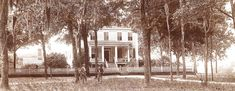 The fictional Scots Grove Plantation nestled in the forest on the outskirts of Wilmington North Carolina Poplar Grove Plantation, Plantation Homes, New Moon September, Wilmington North Carolina, Surf City, Historical Sites, Homesteading, Surfing, Tours