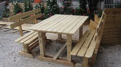 OUtdoor benches and table | 1001 Pallets