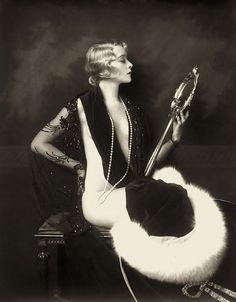 Ziegfeld Follies 1920s. @designerwallace