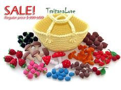 Set of 70 pcs. in a basket  Crochet berries  by TsvitanaLove