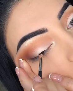 Maquiagem Simples: Aprenda Como fazer em Casa, passo a passo! - Haare,Nägel, Make-Up - Glam Makeup, Makeup Geek, Skin Makeup, Makeup Cosmetics, Beauty Makeup, Make Makeup, Makeup Hacks, Makeup Trends, Hair Hacks