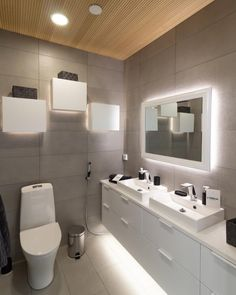 Here are tips for WC lighting! Decor, Nordic Home, Home, Interior Lighting, Lighting Design, Lighted Bathroom Mirror, House Design, Cool Lighting, Interior Decorating
