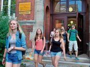 #suhl #freieswort Mit einem Durchschnitt von 2,0 verlässt der diesjährige Abiturjahrgang geschlossen die Schule. Auch in den anderen Klassen gibt es keine Sitzenbleiber - eine Besonderheit.