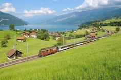 Locomotive, Golf Courses, Explore, Mountains, Nature, Travel, Naturaleza, Viajes, Exploring