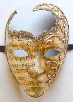 roman cut out musica mask