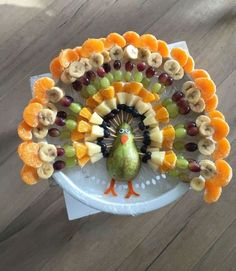 Fun snacks for all types of parties - Gesunde Essen Ideen Thanksgiving Recipes, Holiday Recipes, Thanksgiving Fruit, Thanksgiving Appetizers, Holiday Ideas, Thanksgiving Vegetables, Dinner Recipes, Cute Food, Good Food