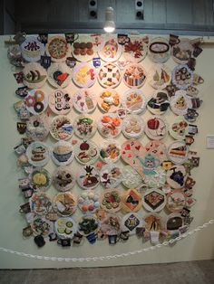 My Quilt Diary: Quilt Week Yokohama 2012 part 2 - Love this contemporary quilt of plates and food