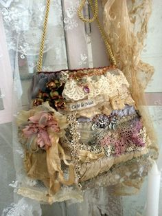 A beautiful Paris cafe bag. purse pocketbook boho bohemian chic chique lace lacey bags ruffled victorian shabby chic