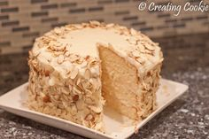 Ingredients Almond Cake with Amaretto Filling and Amaretto Buttercream cup heavy whipping cream cup Amaretto coffee creamer 1 cup Amaretto cup unsalted butter, softened 2 cups sugar… Amaretto Recipe, Amaretto Cake, Baking Recipes, Cake Recipes, Dessert Recipes, Food Cakes, Cupcake Cakes, Cupcakes, Cake Fillings