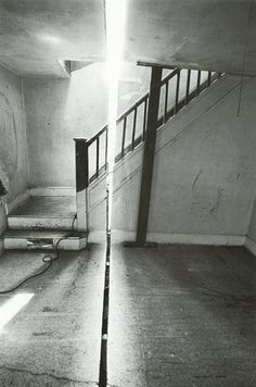 Gordon Matta Clark, Splitting Englewood, New Jersey, 1974