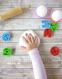 Incredible edible play dough (made with 2 ingredients)