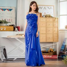 Brand Name: imCharms Gender: Women Pattern Type: Solid Neckline: Strapless Sequin Formal Dress, Sequin Evening Gowns, Blue Evening Dresses, Summer Dresses, Sparkly Prom Dresses, Pretty Prom Dresses, 3d Rose, Satin Color, Party Gowns
