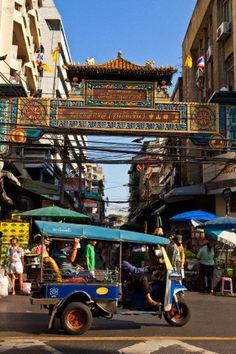 Bangkok's Chinatown - Thailand     http://learningchinesespeak.com